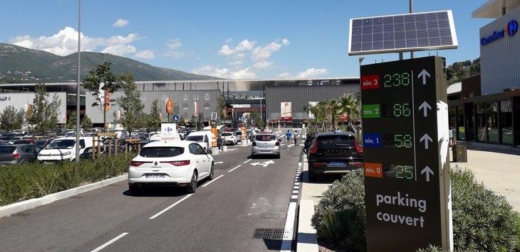 affichage nombre de place restante led parking cnetre commercial carrefour nice lingostière