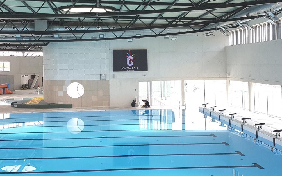ecran video led stramatel centre aquatique balsan'eo chateauroux metropole